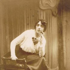 Fotografía antigua: FTO. RETRATO DE SEÑORITA PENSATIVA. HORTENSIA VILANA .CA. 1910-1915. FOTÓGRAFO: YRLA. BARCELONA. Lote 71670211