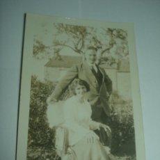 Fotografía antigua: FOTO, TARJETA POSTAL AÑOS 20-30. PAREJA. Lote 72722683