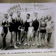 Fotografía antigua: ANTIGUA FOTO POSTAL, MAR DEL PLATA, BUENOS AIRES, ARGENTINA, PLAYA, 1935. Lote 73171079