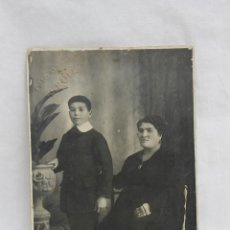 Fotografía antigua: FOTOGRAFIA MADRE E HIJO, FOTO GRECIA, J. RUIZ, TETUAN AÑOS 20. Lote 75025059