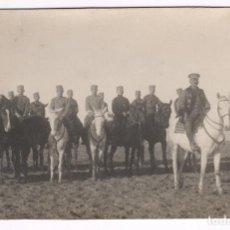 Fotografía antigua: MILITARES A CABALLO, MELILLA. 1910'S APROX.. Lote 76177271