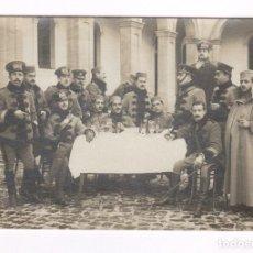 Fotografía antigua: RETRATO DE GRUPO DE MILITARES, MELILLA PROBABLEMENTE 1915'S. Lote 76177735