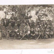 Fotografía antigua: GRUPO DE MILITARES Y MÚSICOS, MELILLA PROBABLEMENTE 1915'S. Lote 76177811