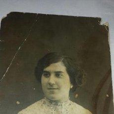 Fotografía antigua: ALCOY. CIRCA 1920. MATARREDONA - DAMA POSANDO. Lote 78244959