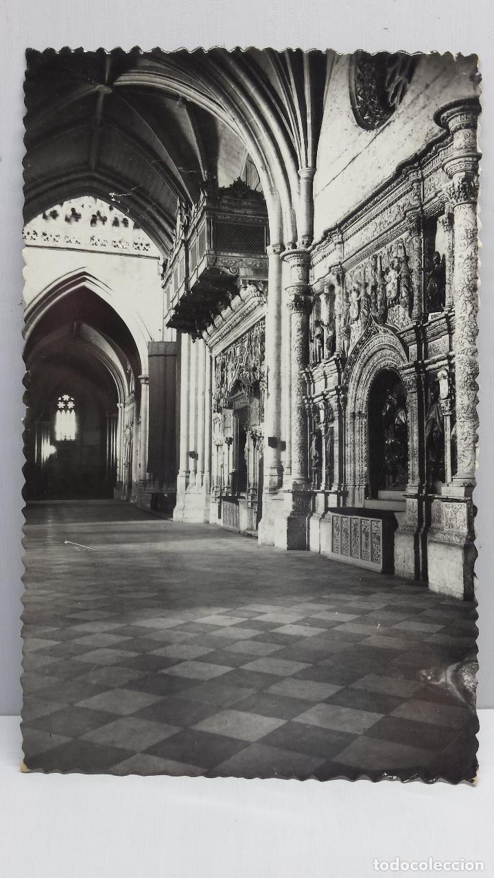 PALENCIA - NAVE LATERAL DE LA CATEDRAL - POSTAL CIRCULADA (Fotografía Antigua - Tarjeta Postal)