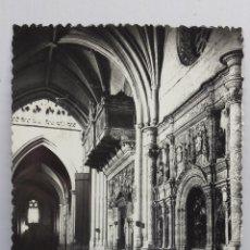Fotografía antigua: PALENCIA - NAVE LATERAL DE LA CATEDRAL - POSTAL CIRCULADA. Lote 79036981