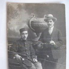 Fotografía antigua: MILITAR RGTO. INFANTERIA MELILLA Nº 59 , GORRO PANADERO. DE TRUCHAUD Y CANO, MELILLA .1914. Lote 80903075