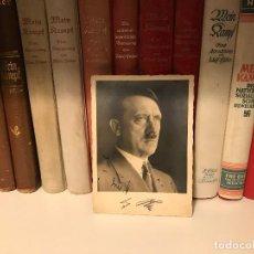 Fotografía antigua: FOTO POSTAL DEL FUHRER ADOLF HITLER AUTOGRAFIADA A LÁPIZ, TERCER REICH, NSDAP,NAZI, FIRMA. Lote 81013696