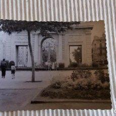 Fotografía antigua: FOTOGRAFIA ANTIGUA VALENCIA - FOTO PUERTA DEL MAR AÑO 1957. Lote 84094568
