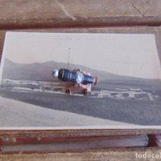 Fotografía antigua: FOTO FOTOGRAFIA TARJETA POSTAL MELILLA CUARTEL Y CARRETERA ALFONSO XIII MARCADA POR MILITAR 1923. Lote 91405105