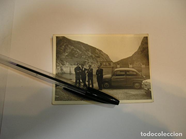 Fotografía antigua: 1 ANTIGUA FOTO FOTOGRAFIA COCHE SEAT 600 AÑOS 70 (17) - Foto 2 - 91638280