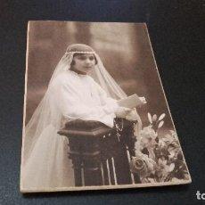 Fotografía antigua: ANTIQUISIMA FOTOGRAFÍA POSTAL - NIÑA DE COMUNIÓN - ( PEDIDO MÍNIMO 5 EUROS). Lote 97479943