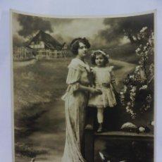 Fotografía antigua: PRECIOSA POSTAL EN GRAN FORMATO DE EDITORIAN AMAG AÑOS 1910 MEDIDAS 30X24 CM PRECIOSAS. Lote 97912179