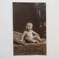 Fotografía antigua: FOTOGRAFIA ESTUDIO, BEBE, NIÑA POSANDO, FOTO SANCHIS, ALCOY. Lote 98439039