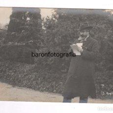 Fotografía antigua: SANTIAGO RUSIÑOL (1861-1931) PINTOR Y DRAMATURGO, FOTO: FRANCESC SERRA. . Lote 100125035