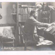 Fotografía antigua: JOAN LLAVERIAS (VILANOVA 1865-LLORET 1938) PINTOR Y DIBUJANTE, FOTO: FRANCESC SERRA, SELLO SECO.. Lote 100744735