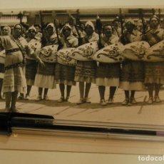 Fotografía antigua: ANTIGUA FOTO FOTOGRAFIA TARJETA POSTAL ALCOY MOROS Y CRISTINOS AÑOS 50 (17). Lote 101227255