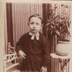 Fotografía antigua: FANTÁSTICA FOTO. RETRATO DE NIÑO. FOTÓGRAFO GORRIZ, PRIMER DOLOR 12 BURRIANA, CASTELLÓN 1900-10. CC. Lote 106739611