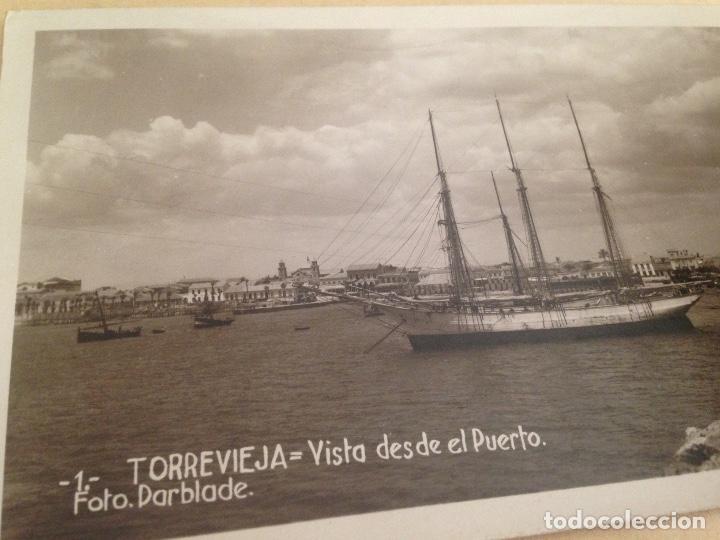 Fotografía antigua: ANTIGUA POSTAL TORREVIEJA ALICANTE VISTA DESDE EL PUERTO FOTO DARBLADE - Foto 2 - 107342191