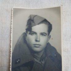 Fotografía antigua: FOTO FOTOGRAFIA POSTAL 1943 SOLDADO ARTILLERIA. Lote 108345203