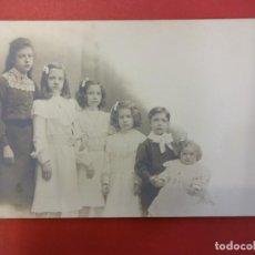 Fotografía antigua: BONITA FOTO NIÑOS EN FORMATO TARJETA POSTAL. ESTUDIO NAPOLEON. BARCELONA. Lote 113848767