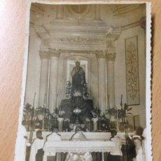 Fotografía antigua: ANTIGUA FOTOGRAFIA RELIGIOSA TARJETA POSTAL ALTAR FOTOS CONCA BENEJAMA ALICANTE 1956. Lote 116477975
