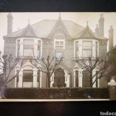 Fotografía antigua: VISTA FRONTAL CASA INGLESA EN CALLE 24 CASTELNAU BARNES LONDRES NO INSCRITA NO CIRCULADA. Lote 123293790