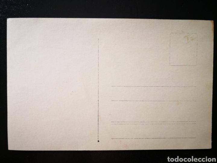 Fotografía antigua: Hombre y mujer en cubierta del barco italiano Príncipe Umberto no inscrita no circulada - Foto 2 - 123293854