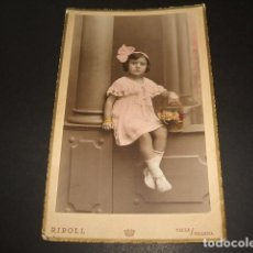Fotografía antigua: YECLA MURCIA Y VILLENA ALICANTE RIPOLL FOTOGRAFO RETRATO DE NIÑA ILUMINADO AÑOS 20 30. Lote 128177859