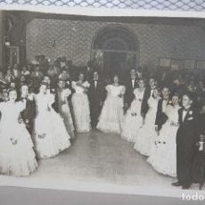 Fotografía antigua: *PARELLES DE RIGODONS* ANTIGUO BAILE DEL PALLARS SOBIRÀ. AÑO 1935. 19 X 9. INF. 2 FOTOS.. Lote 128483947