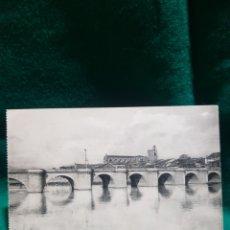 Fotografía antigua: POSTAL PUENTE Y CATEDRAL DE PALENCIA SIN CIRCULAR. Lote 128910416
