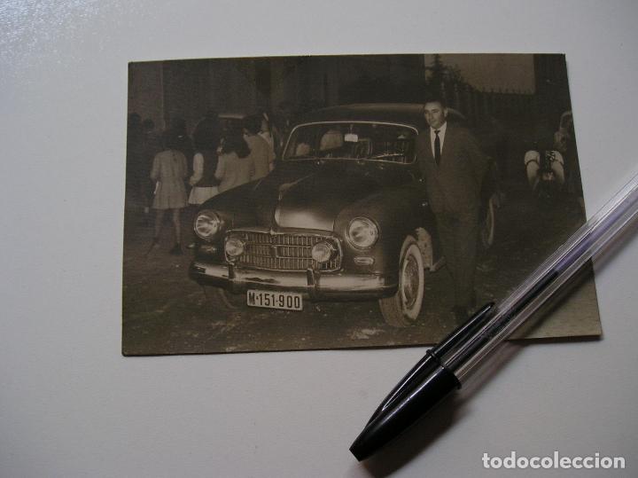 Fotografía antigua: FOTO FOTOGRAFIA COCHE ANTIGUO AÑOS 60 (18) - Foto 2 - 131683770