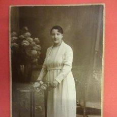 Fotografía antigua: ANTIGUA POSTAL DE ESTUDIO SANTONJA. SALMERÓN 107. (GRACIA). BARCELONA. Lote 134614458