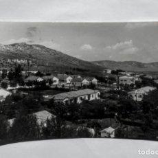 Fotografía antigua: PUERTOLLANO VISTA PARCIAL DEL POBLADO CALVO SOTELO CIRCULADA 1960. Lote 135137294