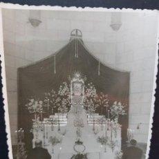 Fotografía antigua: ANTIGUA FOTOGRAFÍA RELIGIOSA ALTAR SIN IDENTIFICAR. Lote 137745686