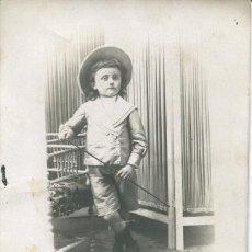 Fotografía antigua: FOTO NIÑO- FOTO PARIS-EL CLOT- ACEQUIA CONDAL Nº 5(BARCELONA)--RARA. Lote 140423658
