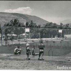 Fotografía antigua: JACA PISCINAS AÑOS 60. Lote 143388178