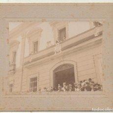 Fotografía antigua: FOTOGRAFÍA (9X11,5) SOBRE CARTÓN. VISITA DE ALFONSO XIII A TENERIFE, MARZO DE 1906. Lote 144978792