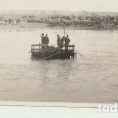 Fotografía antigua: FOTOGRAFÍA (5X8) BALSA SOBRE EL CINCA, CERCA DE CHALAMERA. 1-ABRIL-1938. ESCRITO AL DORSO. Lote 144979206
