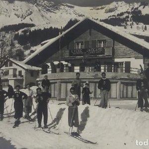 Lycée Jacard. Institution de Jeunes Gens. Lausanne. Nieve. Esquiadores. Fotos antiguas de esquí.