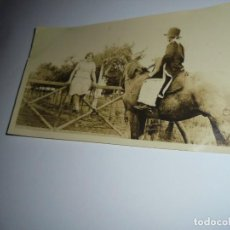 Fotografía antigua: FOTOGRAFIA NIÑO DISFRAZADO A CABALLO. Lote 148086278