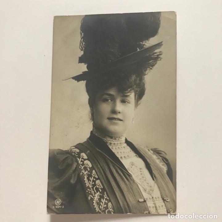 Fotografía antigua: Foto artística antigua mujer con sombrero / Tarjeta postal - Foto 2 - 151993702