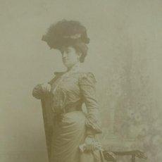 Fotografía antigua - Mujer con sombrero. Vestido de época. Postal Antigua. - 155635758