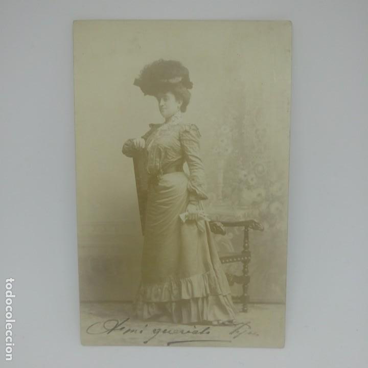 Fotografía antigua: Mujer con sombrero. Vestido de época. Postal Antigua. - Foto 2 - 155635758