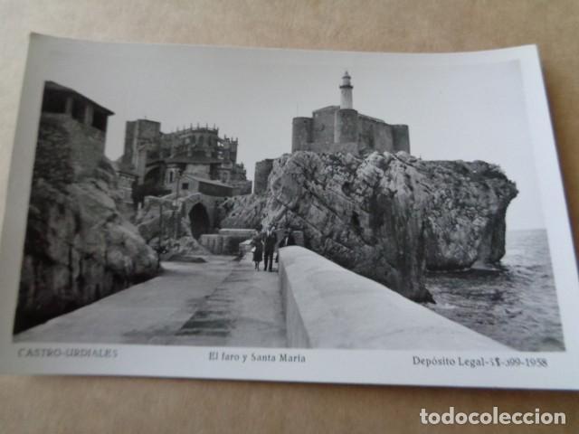 CASTRO URDIALES. CANTABRIA. FARO Y SANTA MARÍA. 1958 (Fotografía Antigua - Tarjeta Postal)