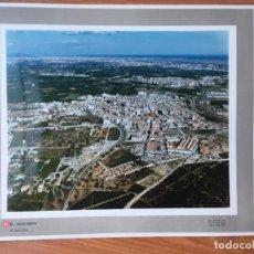 Fotografía antigua: PAISAJES ESPAÑOLES N 544700 PICASSENT FOTOGRAFIA AEREA GRANDE 39X30,5 CM EN MARCO CARTÓN 47X40 CM. Lote 157753902