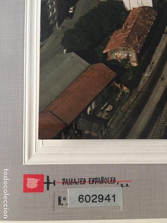 Fotografía antigua: PAISAJES ESPAÑOLES N 602941 OVIEDO FOTOGRAFIA AEREA GRANDE 39X30,5 cm en marco cartón 47x40 cm - Foto 3 - 157755818