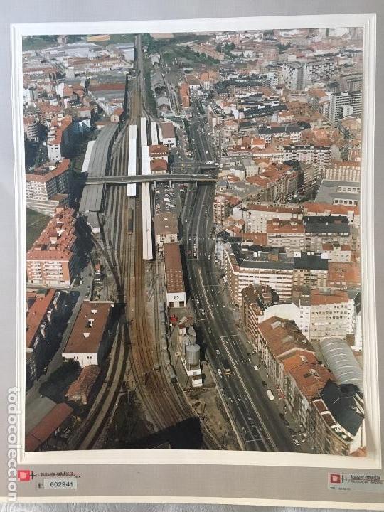 Fotografía antigua: PAISAJES ESPAÑOLES N 602941 OVIEDO FOTOGRAFIA AEREA GRANDE 39X30,5 cm en marco cartón 47x40 cm - Foto 5 - 157755818