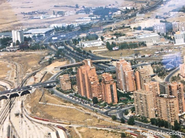 Fotografía antigua: PAISAJES ESPAÑOLES N 740693 RENFE MADRID CHAMARTIN FOTO AEREA GRANDE 39X30,5 cm - Foto 4 - 158425094