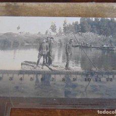 Fotografía antigua: FOTO TARJETA POSTAL MILITARES OFICIALES CUERPO INGENIEROS EPOCA ALFONSO XIII CONSTRUCCION PUENTE. Lote 159224682